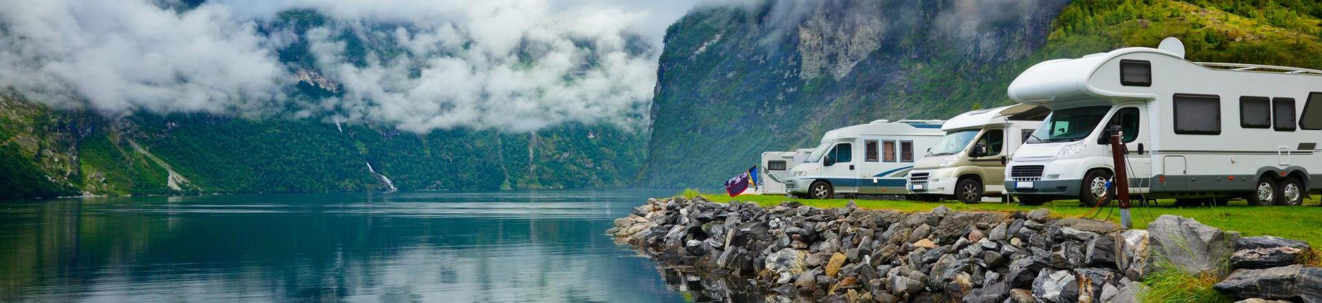 Urlaub-Schutz-Paket - Bild mit Reisemobilen